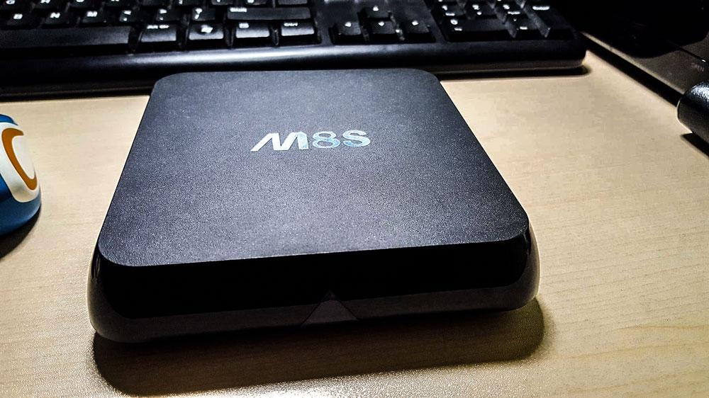 Biudžetinis M8S Android TV priedėlis 1