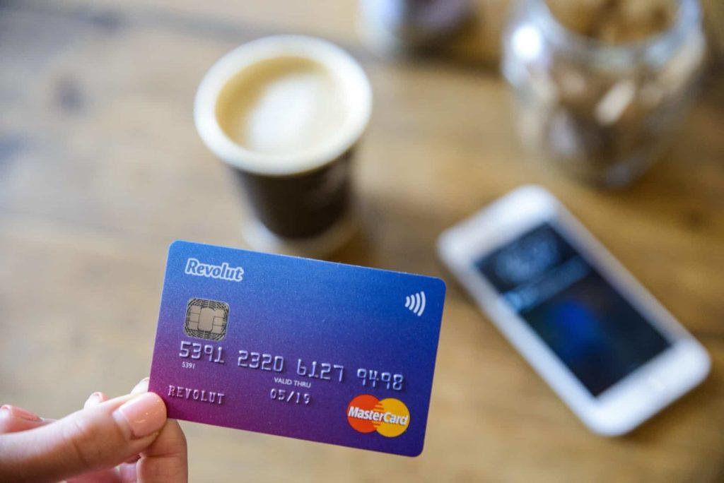 Kaip gauti Revolut kortelę nemokamai 2019